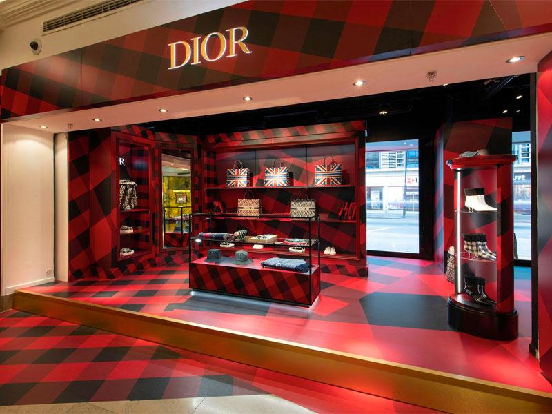 Dior - Exhibition Windows