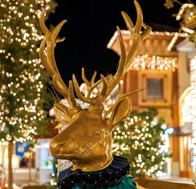 Value Retail - Reindeers